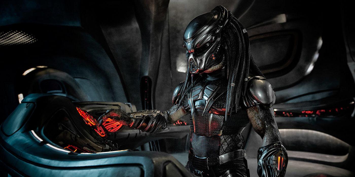 New Predator Movie Coming From 10 Cloverfield Lane Director